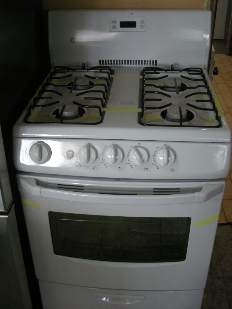 frigidaire apartment size electric stove the