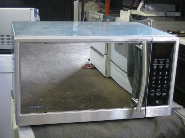 lower oven features Quick Preheat option allowing